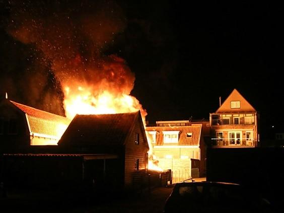 Wie staat er voor je klaar als je huis afbrandt?