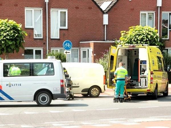 Scootmobieler gewond bij aanrijding met auto in Oldenzaal