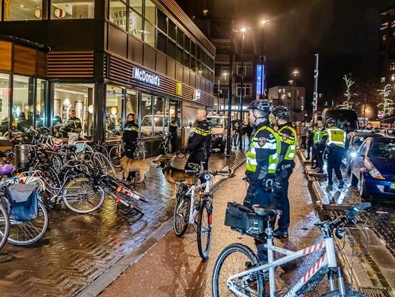 Steekpartij die zorgde voor veel tumult bij McDonald's in Tilburg: nieuwe verdachten opgepakt