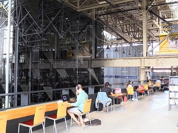 Is de Tilburgse LocHal de beste bibliotheek van de wereld?