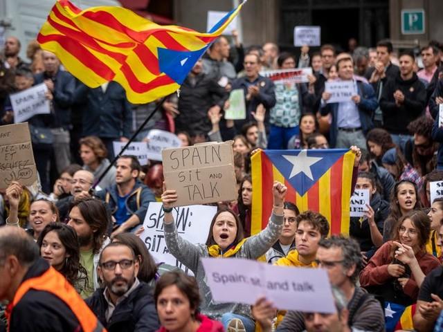 Madrid praat voorlopig niet met Catalonië