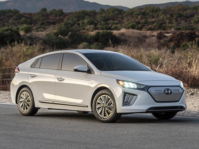2020 Hyundai Ioniq Electric starts at $34,000