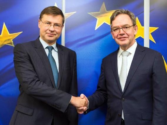 Drie Britse financiële dienstverleners houden toegang tot EU bij no-dealbrexit