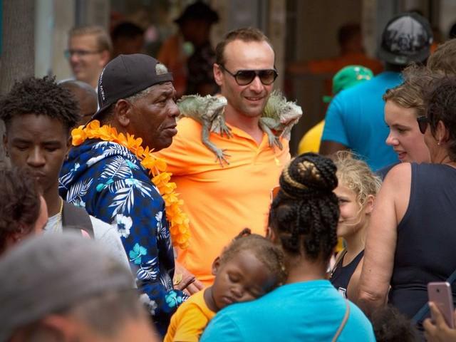 Op Curaçao betekent mijn witte huid nog vaak 'je hoort er niet bij'