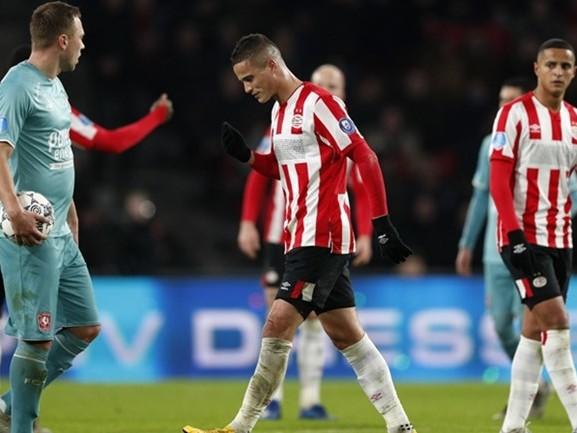 'Het vertrouwen bij PSV is zeer broos', Eindhovenaren winnen weer niet, net als Willem II en RKC