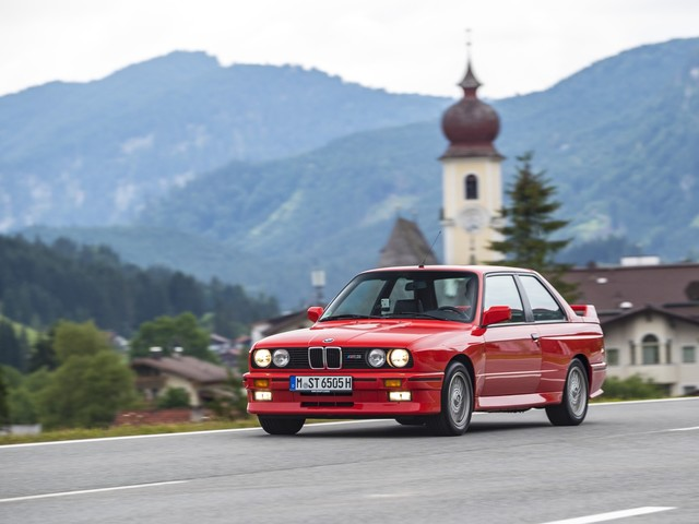 TEST DRIVE: 1989 BMW E30 M3 – The Manifestation of Genius