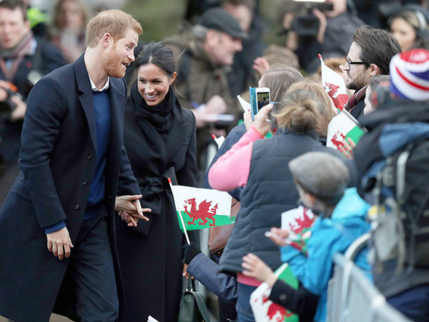 Prince Harry And Meghan Markle Visit A Castle In Cardiff And Fans Go Wild!