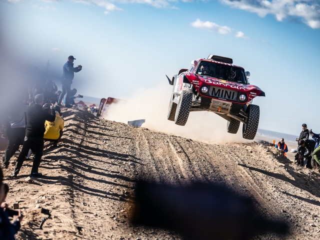 Carlos Sainz wins the 2020 Dakar Rally in a MINI JCW Buggy
