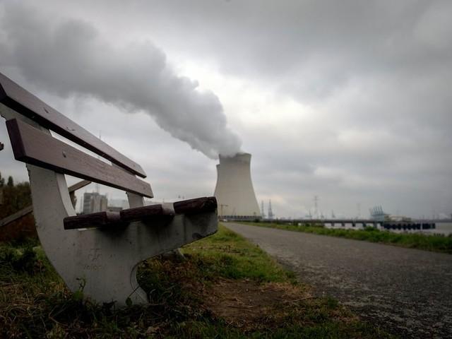 Minister Wiebes vindt het geen goed idee om kernenergie uit te sluiten