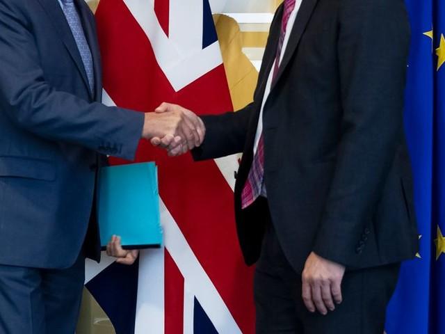 Een brexit-akkoord lijkt een stapje dichterbij