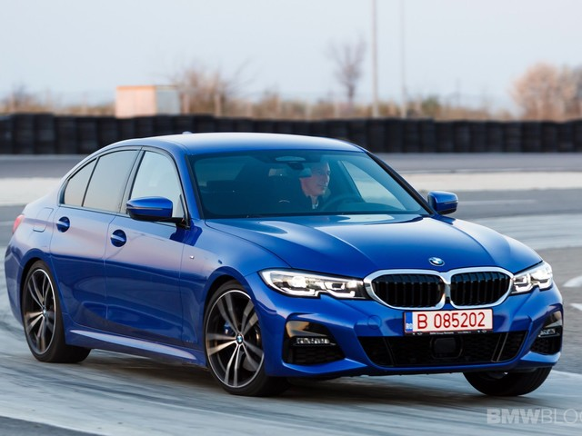Video: BMW 330i Tackles the Hockenheim GP Track