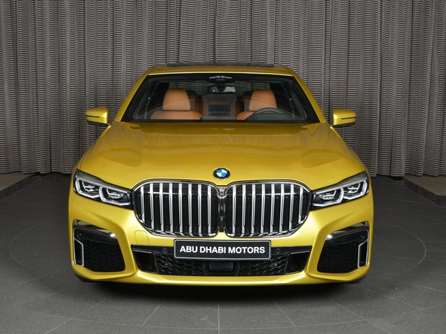 2019 BMW 7 Series Facelift gets the Individual treatment with the Austin Yellow color