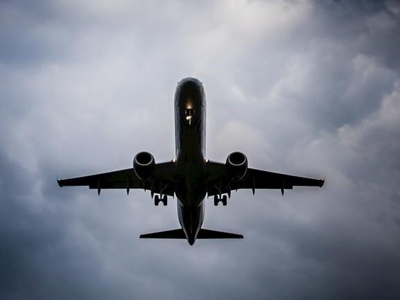 Coalitie wil opheldering van minister over gestaakt overleg Lelystad Airport