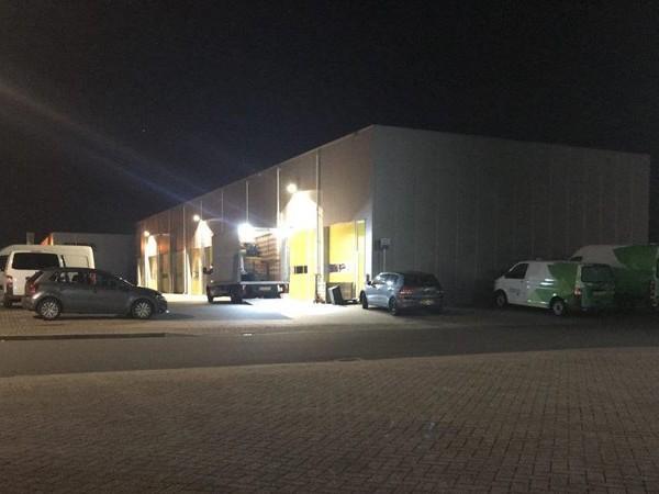 Hennepplantage ontruimd in bedrijfspand in Almelo