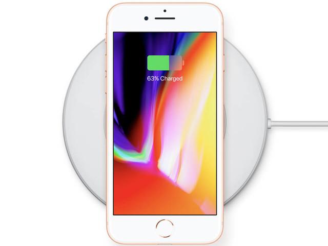 Draadloos opladen met nieuwe iPhones is ook na update traag