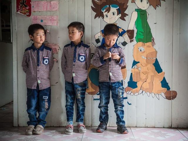 Langzaam maar zeker vallen er gaten in de Chinese muur
