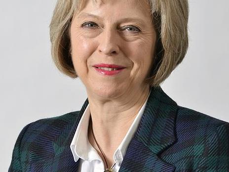 Sunday Times: May stelt stemming uit en gaat naar Brussel