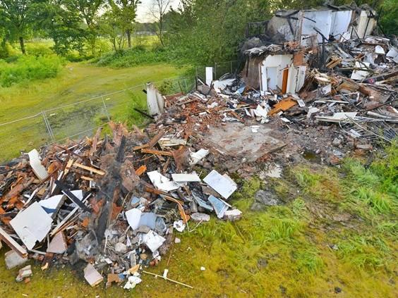 Niets meer over van villa in Waalre na brand