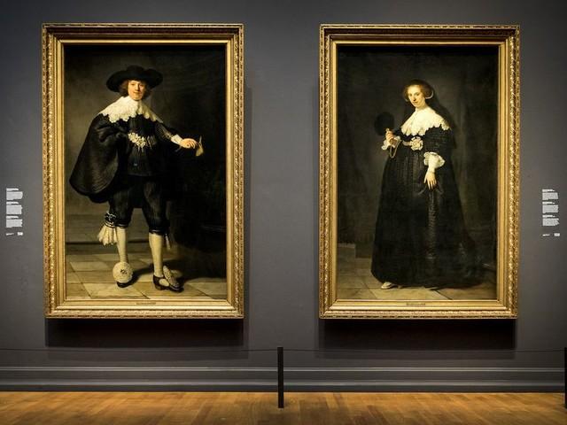 Hoe Marten en Oopjen de virtuositeit van Rembrandt tonen