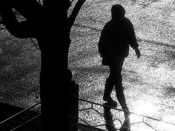 Vrouw 's nachts aangerand in Breda, politie zoekt getuigen