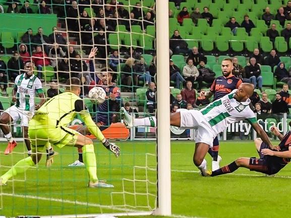 RKC blijft ook na negen competitiewedstrijden op één punt steken: 3-0 verlies bij FC Groningen