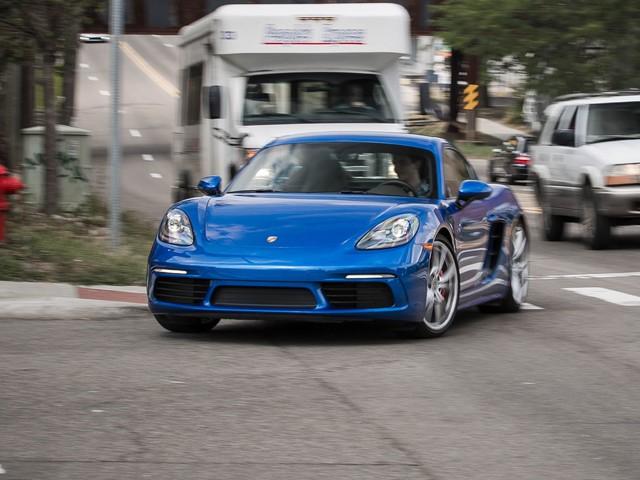 2017 Porsche 718 Cayman S Manual – Quick Test