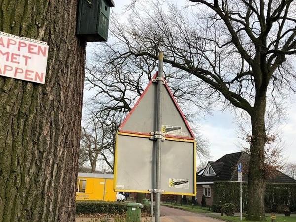 Veel kritiek op wethouder over bomenkap in Goor