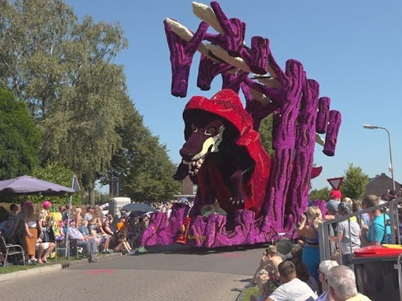 Wagenbouwgroep Fatal Attraction wint Corso Vollenhove