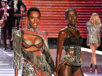 #BlackGirlMagic: These Beautiful Black Models Blessed The Victoria's Secret Fashion Show
