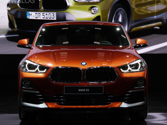 2018 Detroit Auto Show: BMW X2 in Sunset Orange