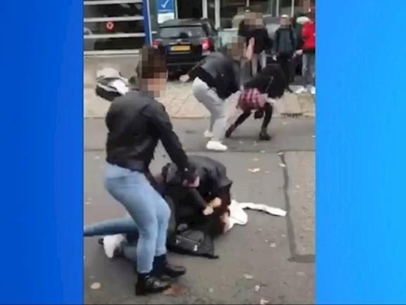 Oldenzaalse vechtersbazen uit video krijgen voor rest van de week schoolverbod