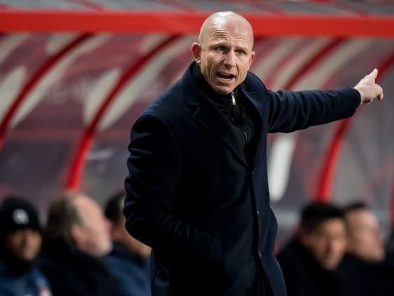 Reinier Robbemond maakt seizoen af als hoofdtrainer van Willem II