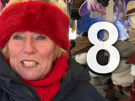 Twee onderbroeken en acht lagen kleding om warm te blijven op de markt [video]