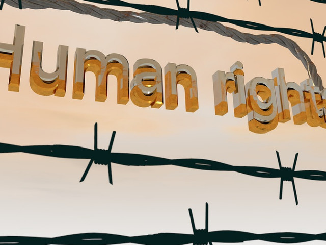 'Mensenrechten ook in EU onder druk'
