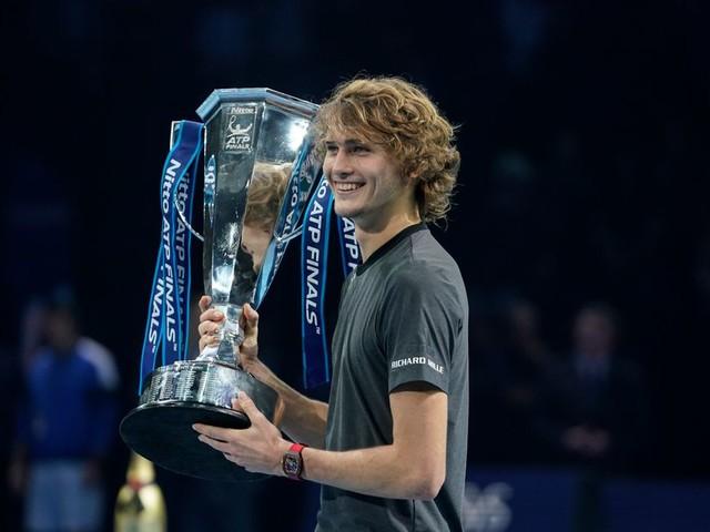 Tennisser Zverev dient zich aan als nummer 1 van de wereld
