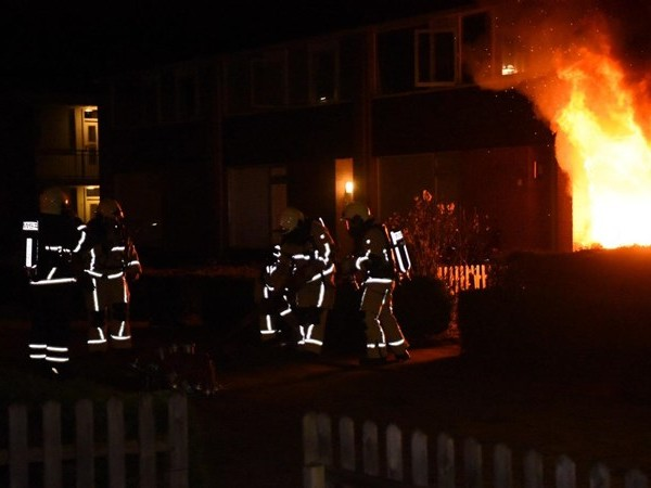 Brand verwoest huis in Almelo