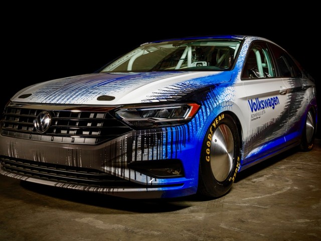 2019 VW Jetta attempts to set a Bonneville speed record