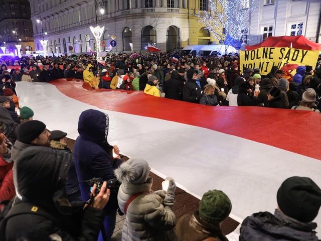 'Polen accepteren tirannen, zolang het hun eigen tirannen zijn'
