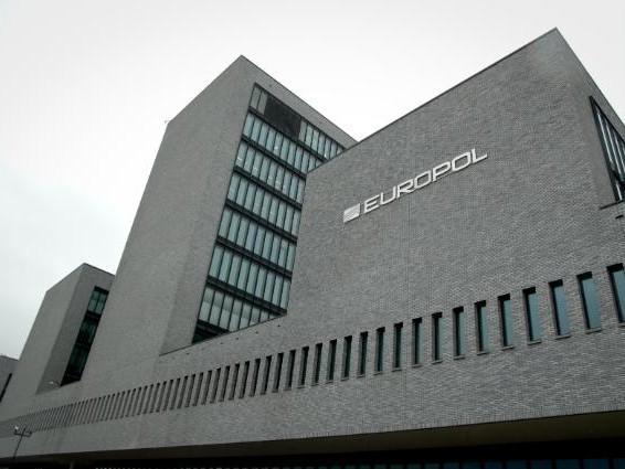 Europol: slag tegen illegale pesticiden