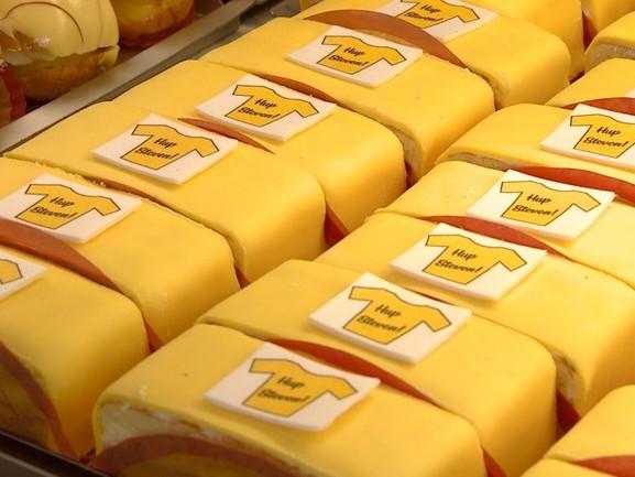 Steven Kruijswijk heeft nu ook zijn eigen gebakjes: 'Heel Nuenen is hartstikke trots'