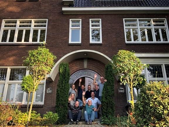 Inwoners Someren-Eind kopen pastorie en knappen hem zelf op tot huiskamer van het dorp