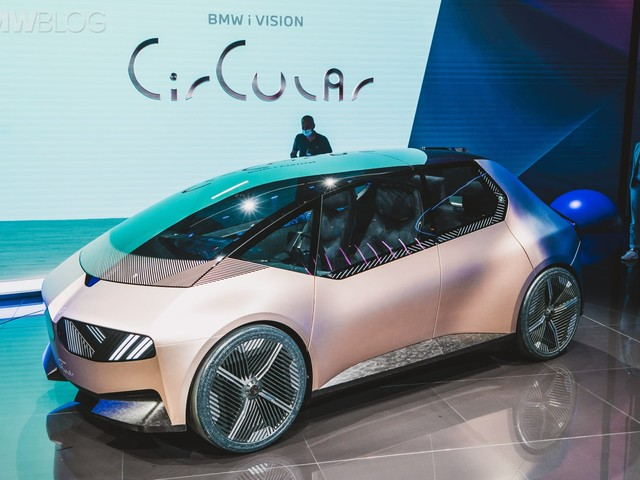 BMW i Vision Circular explained by the BMW i Head Of Design