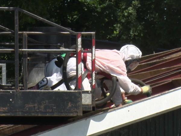 Statenfractie SP: opruimen asbest in steden en dorpen moet beter georganiseerd worden