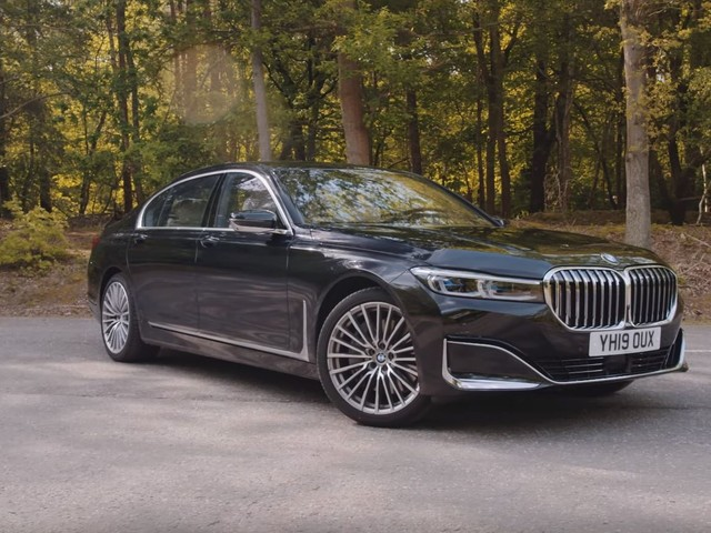 Video: 2020 BMW 745Le Gets Lukewarm Review