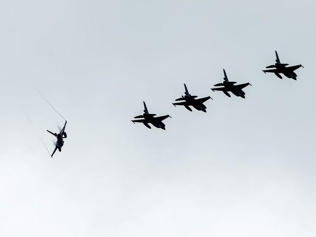 Meerderheid Tweede Kamer steunt verlenging vechtmissie tegen IS