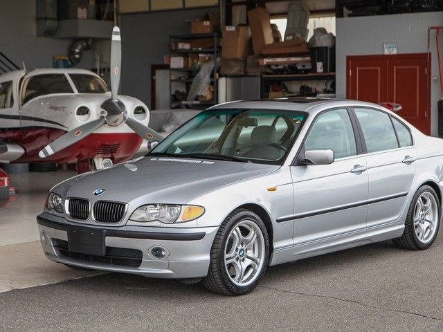 This 2002 E46 3 Series is basically a time-capsule: But is it worth the money?
