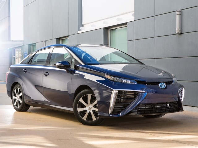 Toyota Has No Plans To Launch Electric Cars In India