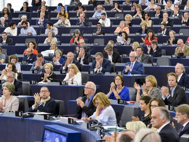 EU-parlement wacht met stemming brexitakkoord
