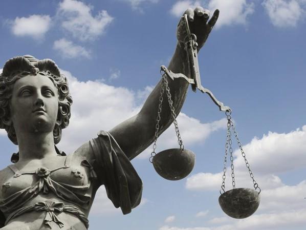 Man uit Kampen in februari voor de rechter vanwege wapenhandel