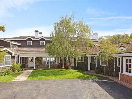 Stephen Gaghan Sells East Coast-y Abode in Brentwood